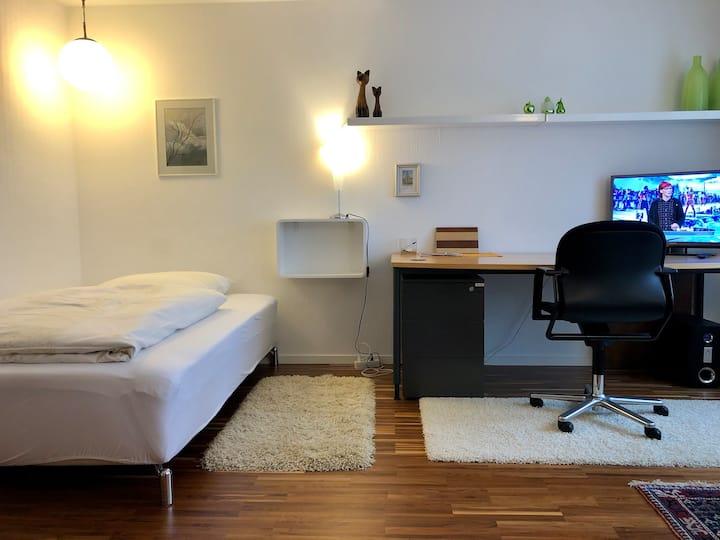 Exklusives Appartement im Grünen, Stuttgart 2km!
