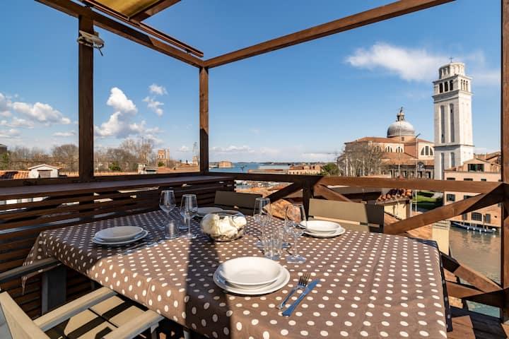 Luxury rooftop penthouse & terrace - Biennale
