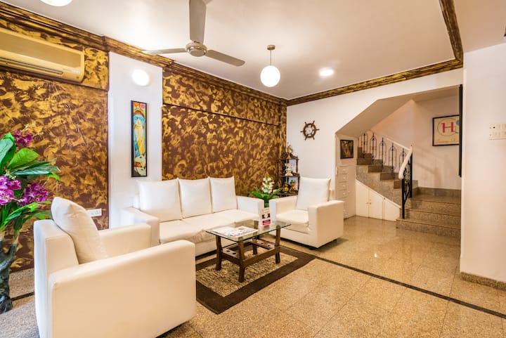 Contemporary 2 Bedrooms in Bunglow- Goregaon