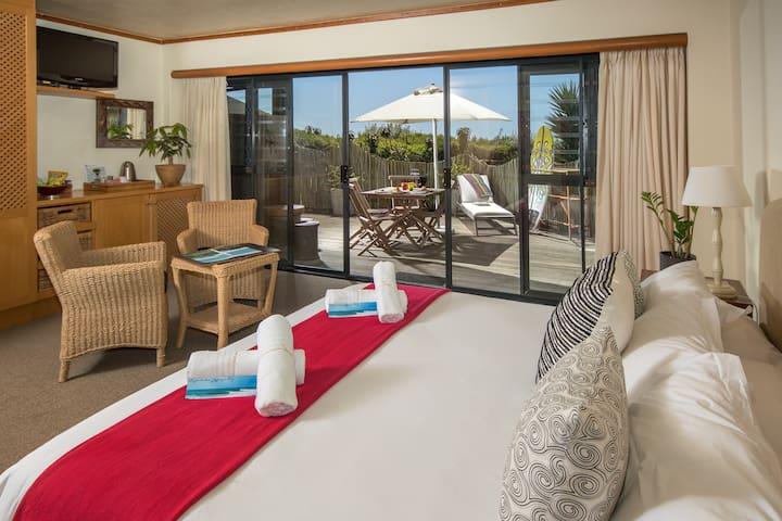 African Perfection 1: Room 4 - Ground Floor Suite
