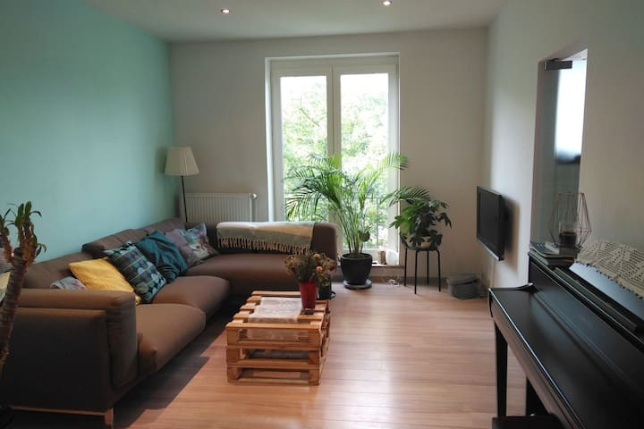 Cosy apartment ideally located to visit Bruxelles