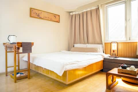 【 Panacea】 King-bed room in the historic hutong
