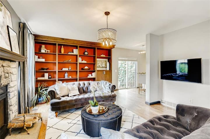 Welcoming 4 Bedroom Boulder Townhouse w/ King bed