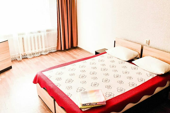Завтрак в квартире с видом на Эльбрус