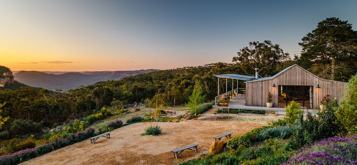 A Romantic Orchard Escape in The Blue Mountains