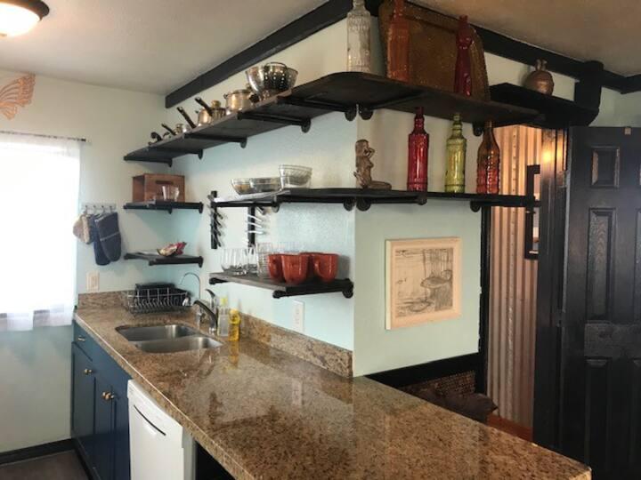 Cozy Cottage in Surfside Beach - Stargazer!