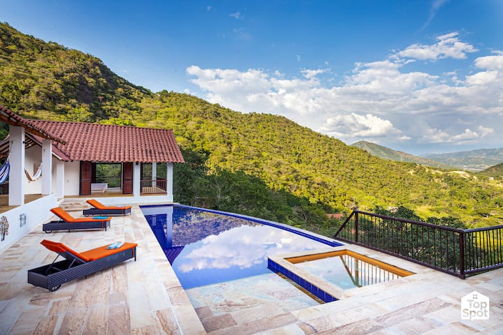 Privileged Views at Premier Private Club in Apulo!