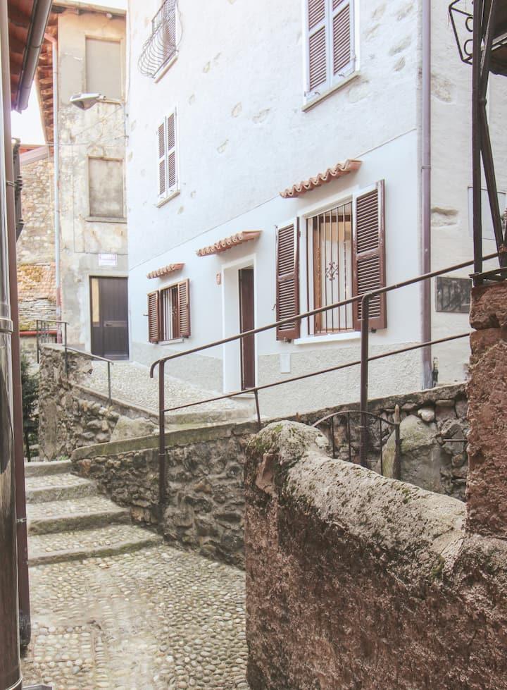 Al Beniss - Nel centro storico di Acquaseria!