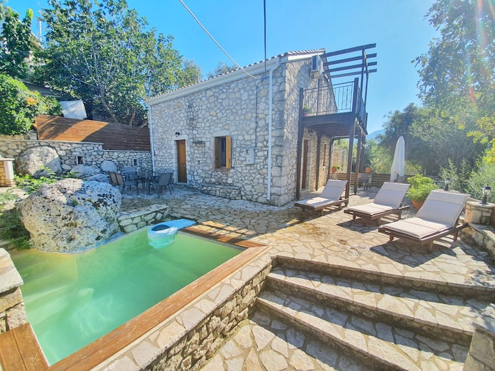 Stone&Wood Villa Kalata