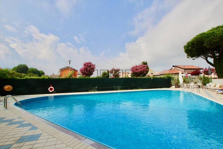 CA' ALLEGRA JESOLO VENICE  IN RESIDENCE WITH POOL