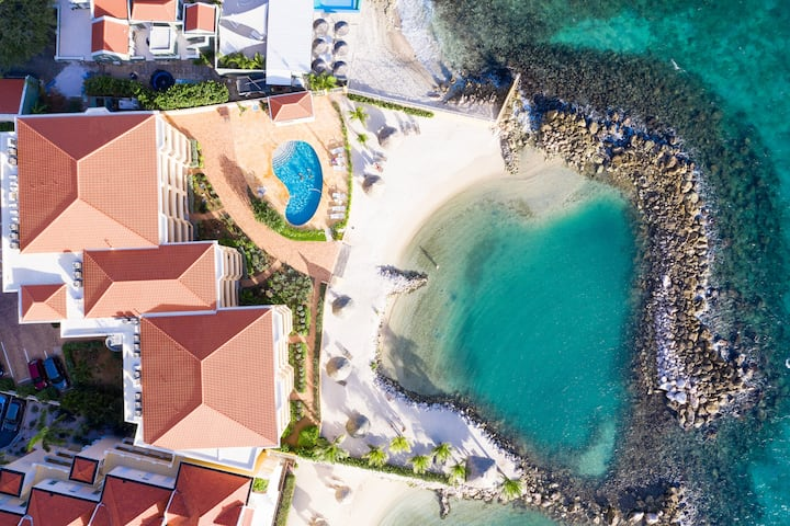 HOLIDAY IN CURACAO THE STRAND, 3 bedroom apartment