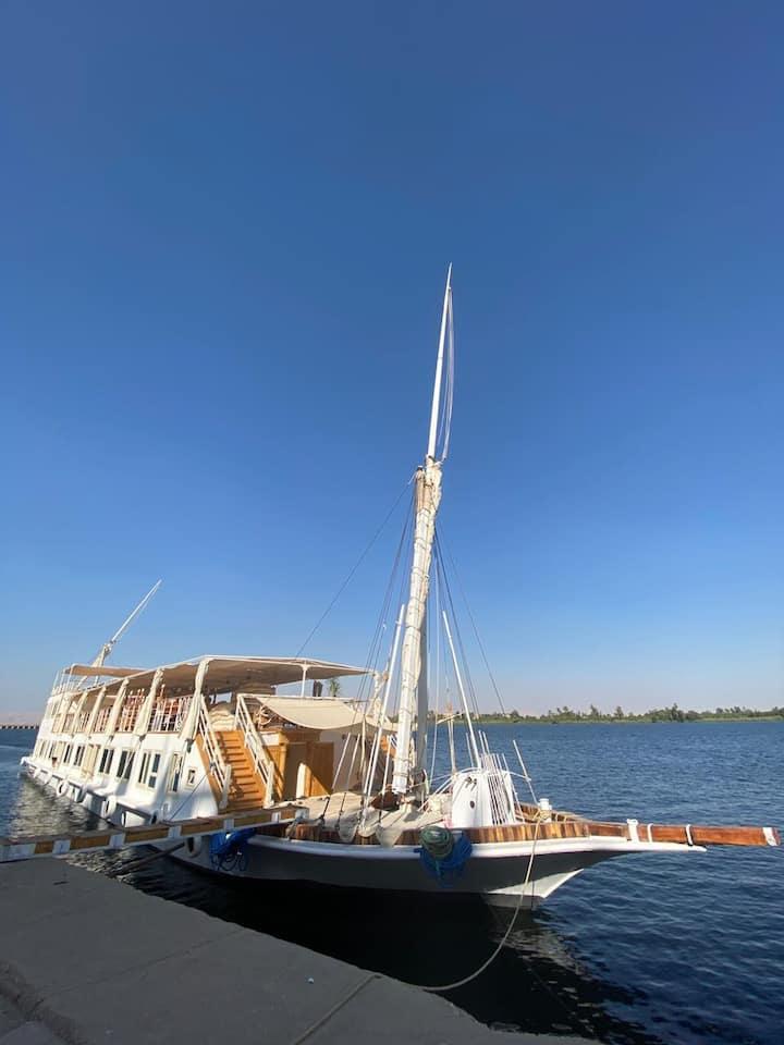 Luxor Nile sailing boat