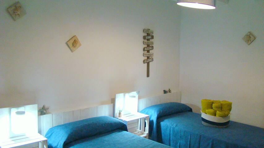 Habitación 1 con camas de 90x190