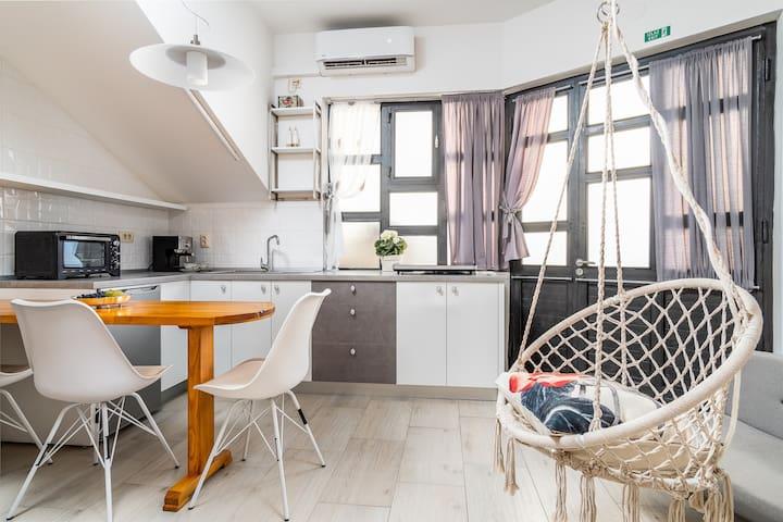 Stylish & Comfy Studio Apartment Tomas ***