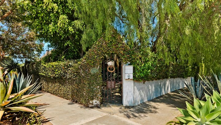 WeHo Walled English-style Home