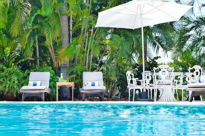 Padel, Playa y Sol en Acapulco/ Alberca 3BR