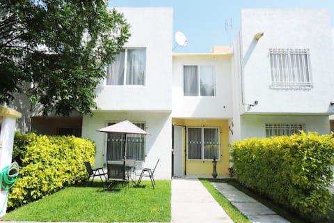 Excelente casa Sola en zona tranquila y Segura.