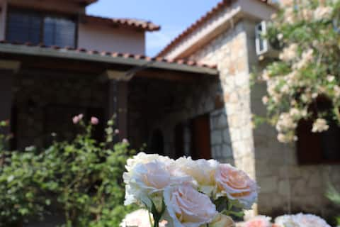 Villa Polytimi
