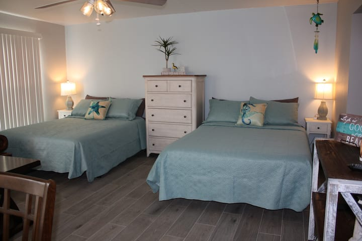 Gulfview 1-101 *Newly Remodeled*