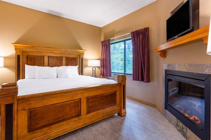 1 900 Sq Ft 3 Bedroom Condo H20 Chula Vista Condominiums For Rent In Wisconsin Dells Wisconsin United States
