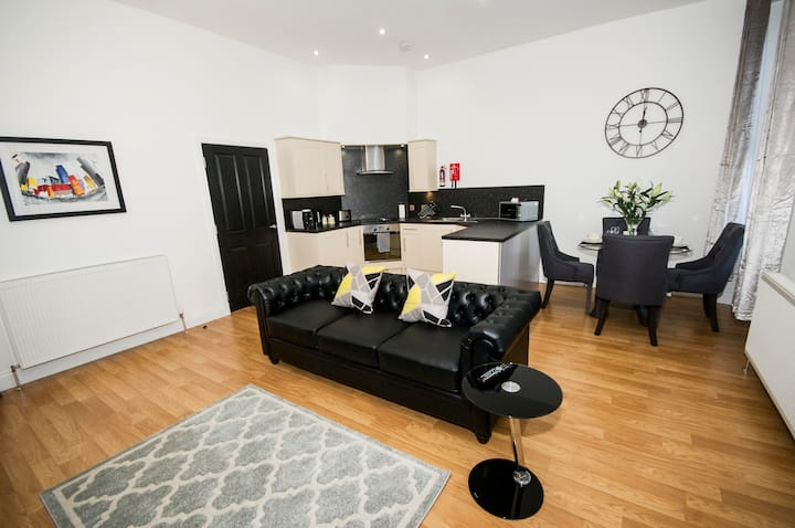 1 Bedroom Apartment - City Centre