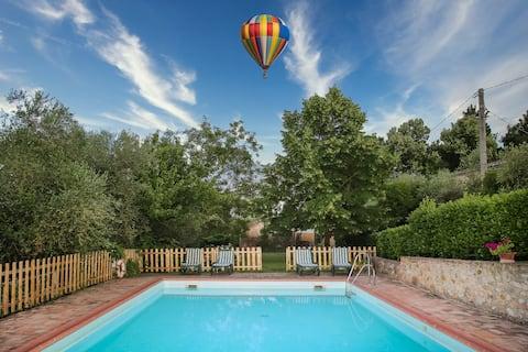 Idyllic Siena Retreat Vineyard View