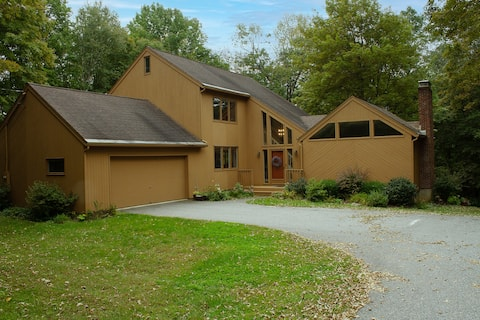 Newly Listed. Litchfield country escape