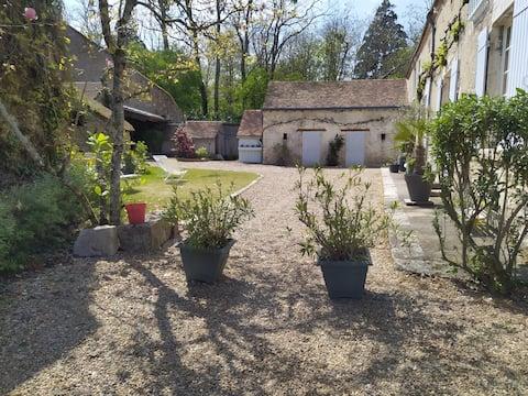 Ancienne ferme vigneronne proche Chambord
