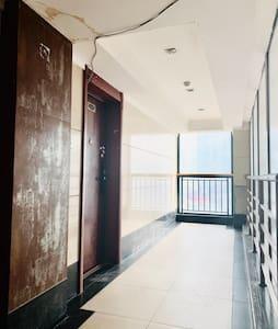 公寓楼走道