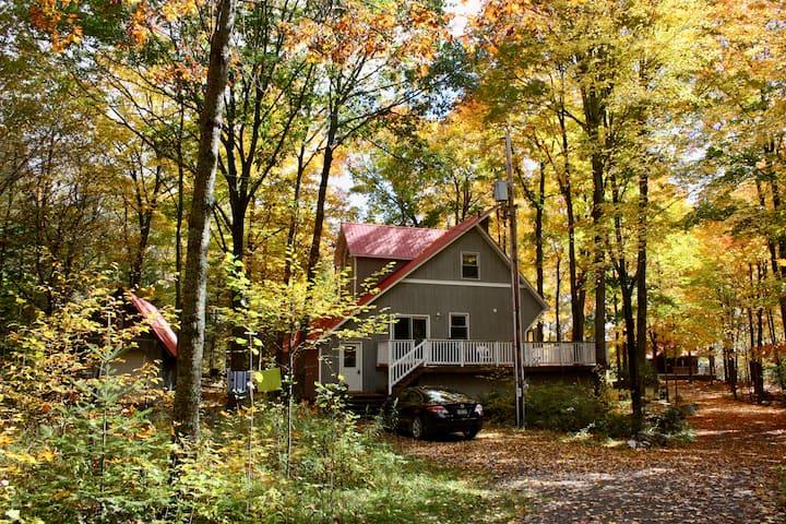 3-Bedroom Cabin on Baptiste Lake