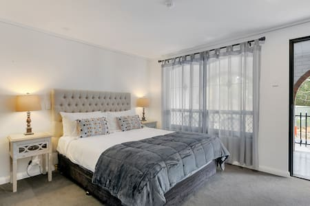 All rooms have a bedroom with Queen Sized Bed.