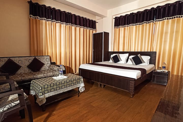 Entire home-02-bhk-pet friendly-mashobra-shimla