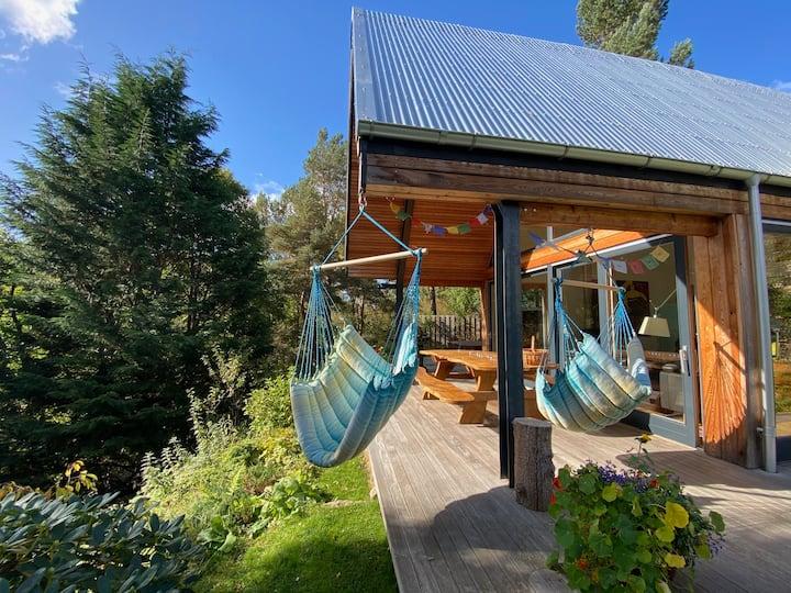 Tigh an Uillt, hot tub, river/forest views
