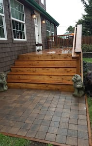 Front Deck and Landing