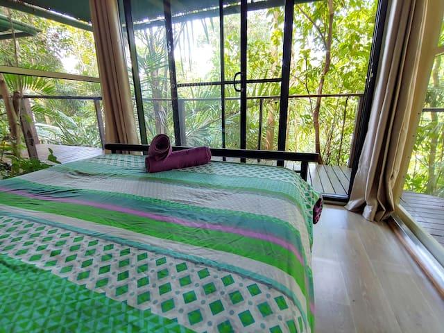 Rainforest Hut - Double Bed with Alfresco En-Suite