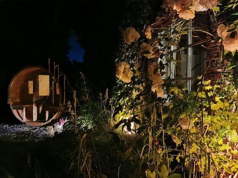 Gemütliches Haus am Deich mit Apfelgarten