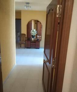 Puerta de entrada de la casa