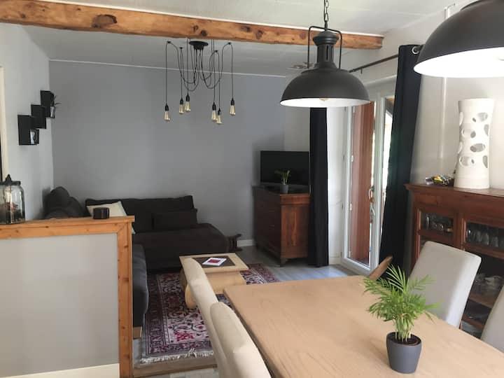 Maison de village rénovée/Cosy renovated chalet