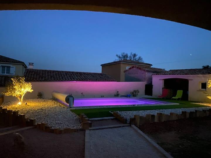 Agréable villa en Ardèche