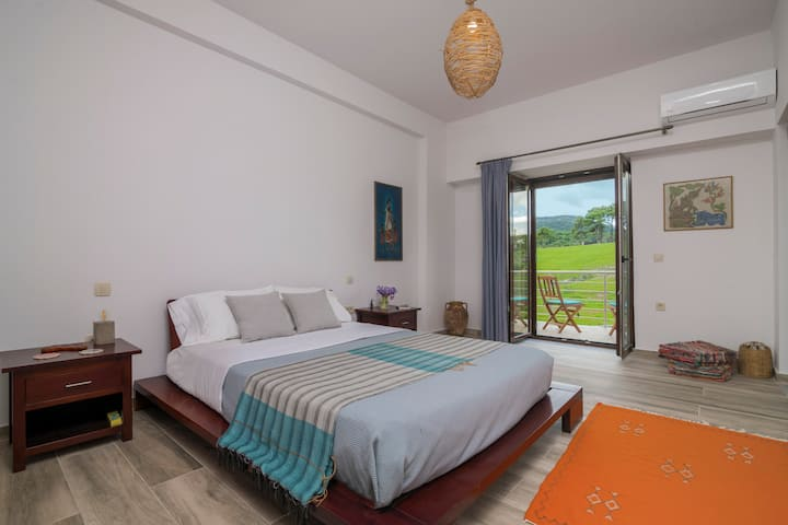 Wild Fig Retreat - Sirocco Three Room Suite
