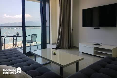Sunrise Apartment by the Sea