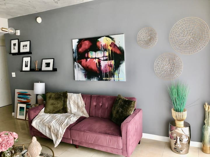 MIDTOWN / WYNWOOD APARTMENT IN THE HEART OF MIAMI