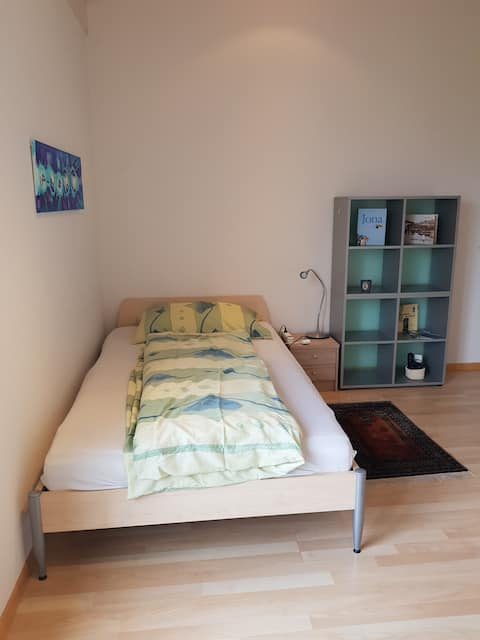 located near the bus station Weiden in Jona