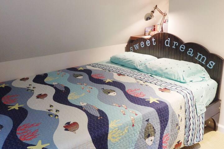 "Tuft & Needle queen bed and custom ""sweet dreams"" headboard!"