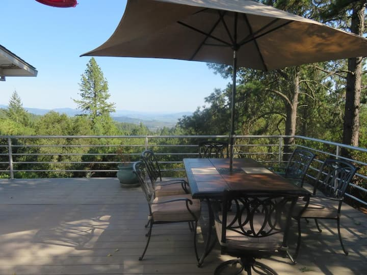 Napa Valley guest suite with stunning views
