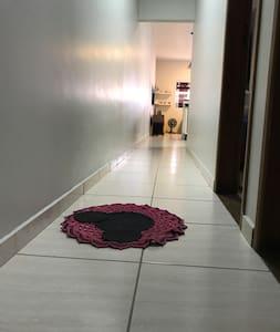 Corredor de entrada para o quarto