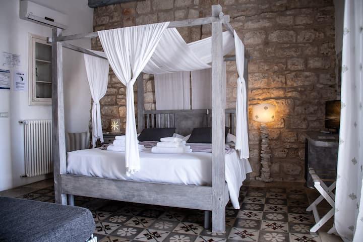 Antico Mondo Rooms & Suites : Matrimoniale Queen con terrazza