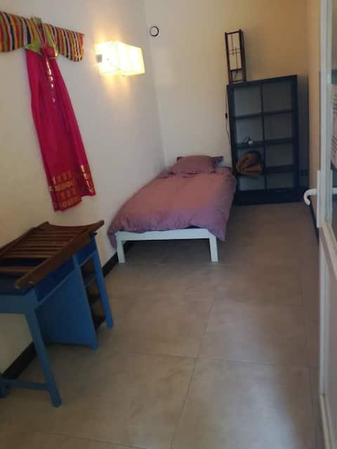 Small private room near Bordeaux