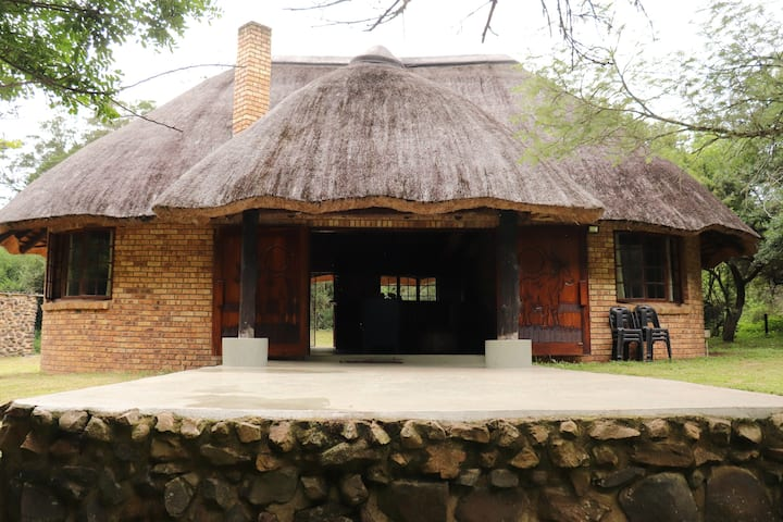 Nyamazane Game Ranch: Leopard Rest Cottage