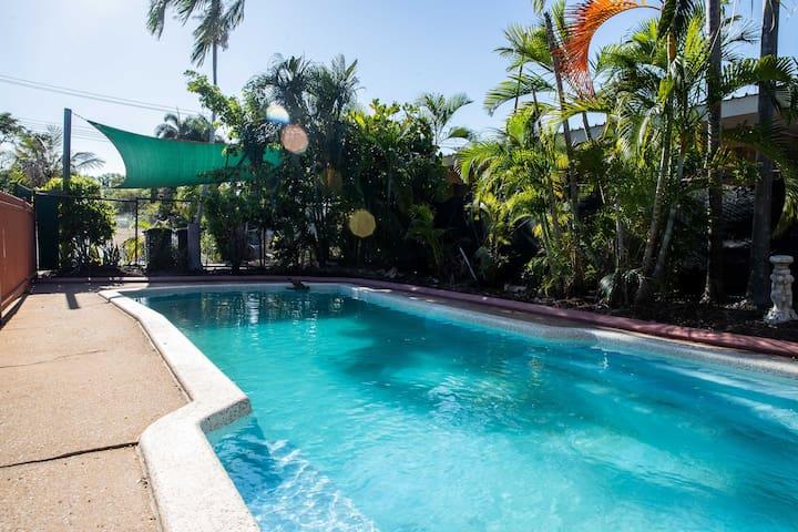 Nakara True Blue Home 950 Sq metres